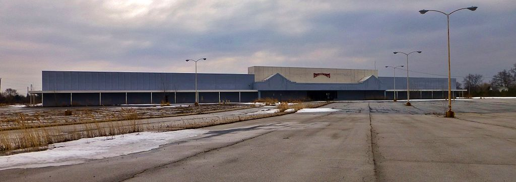 redesigning failed shoppin malls